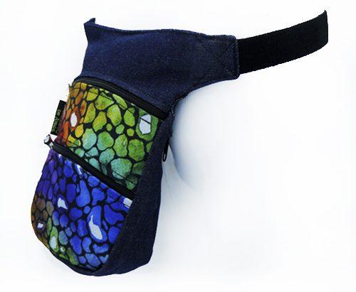 Riñonera artesana en tela con colores alegres